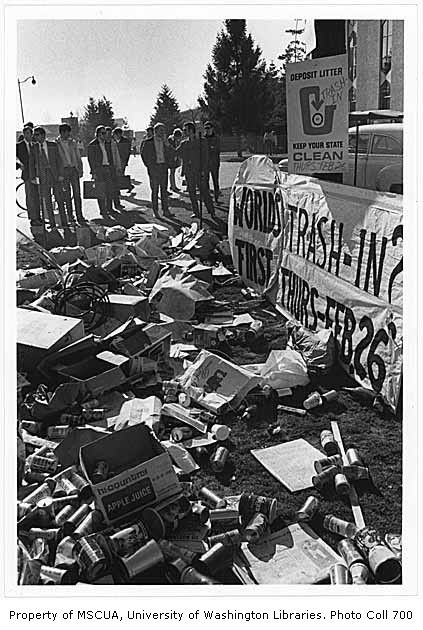 uw trash in 1970